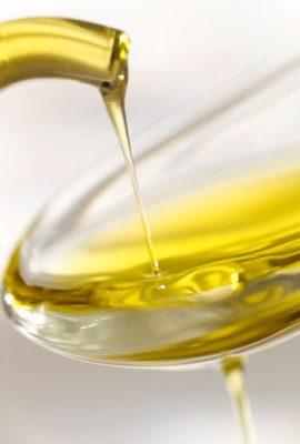 Cách sửa ổ khóa bị kẹt bằng dầu ăn