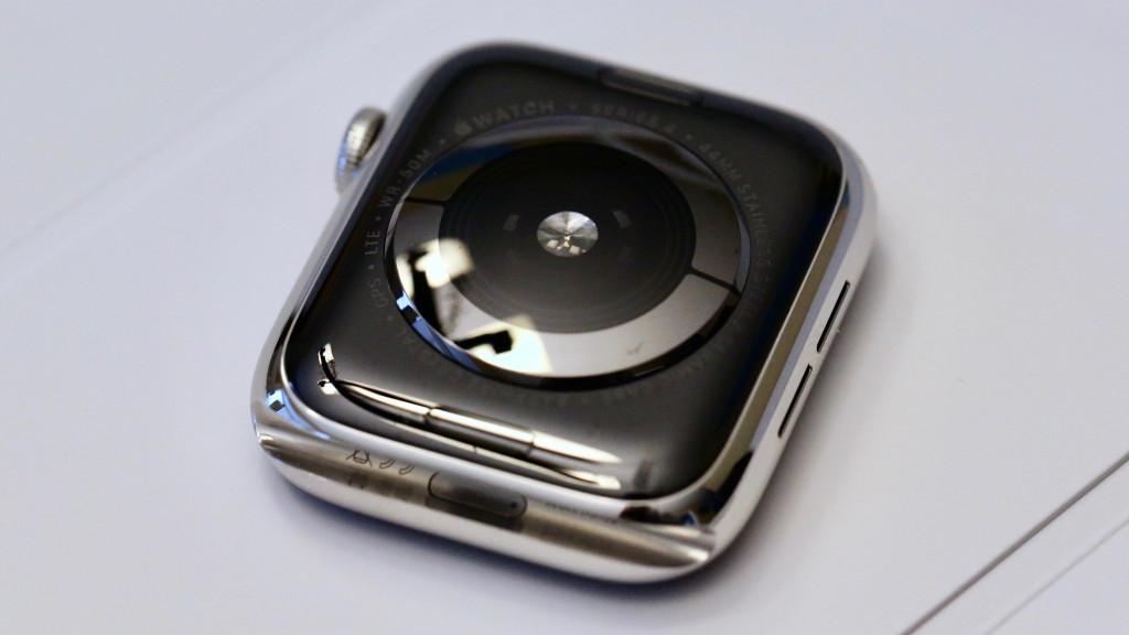 đồng hồ viền gốm ceramic