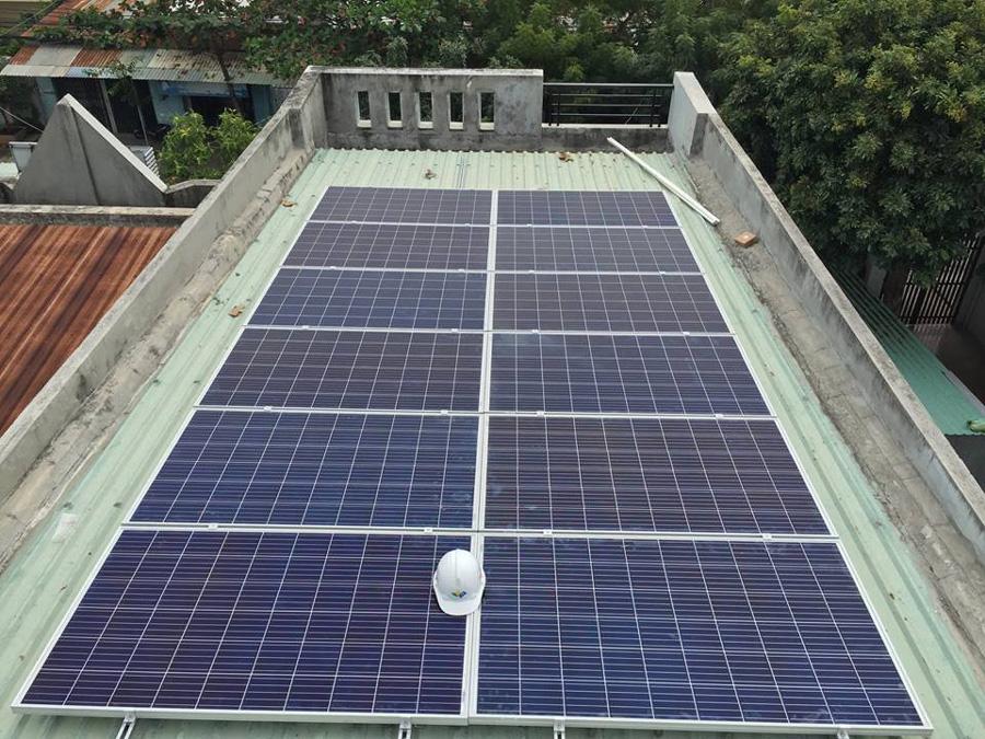 pin mặt trời lắp mái